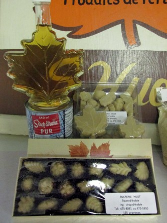 By-products-maple-syrup-candy-gift-box
